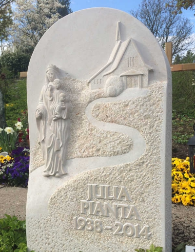 handwerklicher-grabstein-mit-maria-jesus